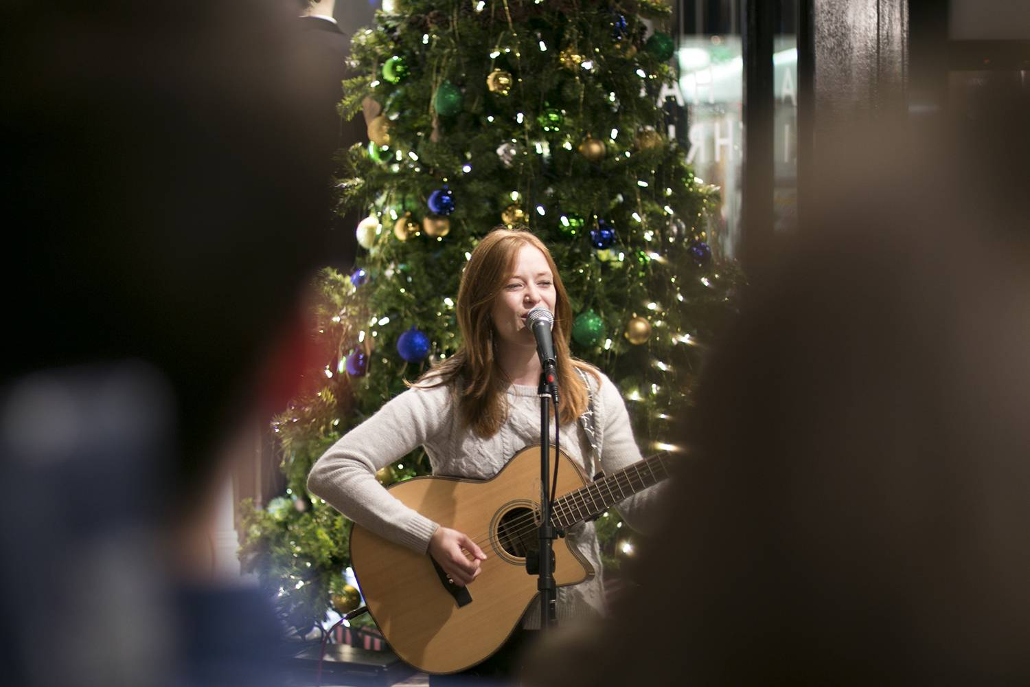 Jack Wills Belfast #CiderSessions Orla Gartland (photo thanks to Jack Wills Social Media team)