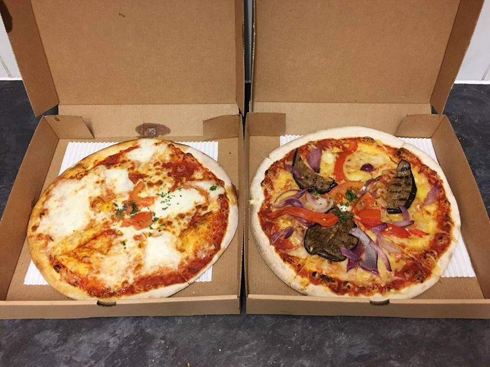 Vegan 'Vegetarian' Pizzas from Basilico, Tower Bridge, London
