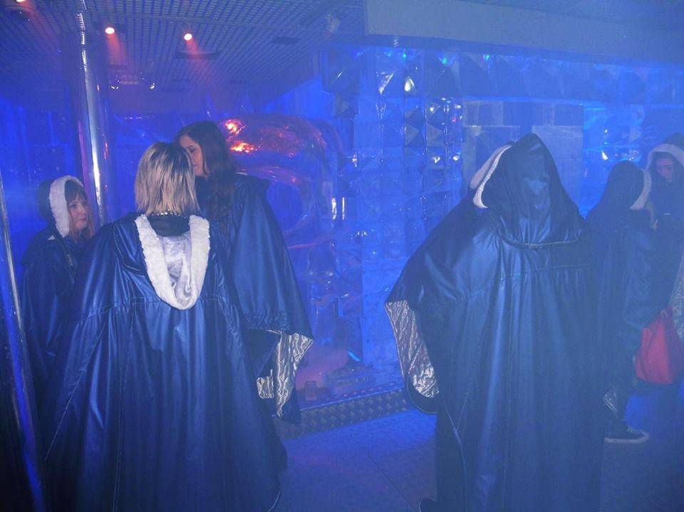 Blue Capes @ Ice Bar, London