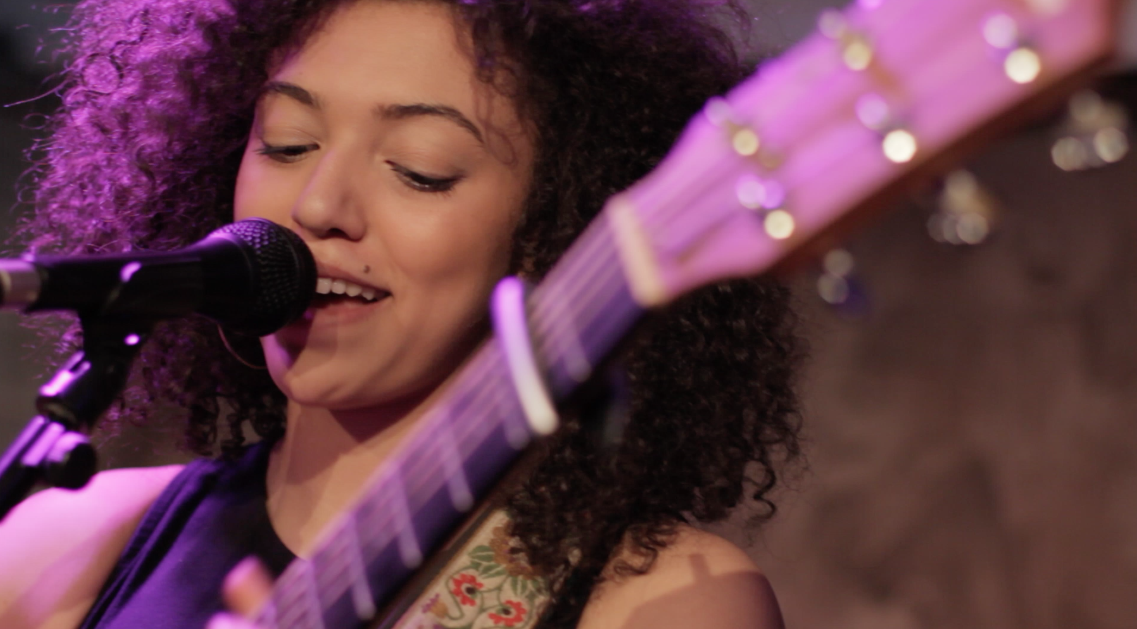 Mahalia performing at Secret Sessions @ the Hospital Club, London