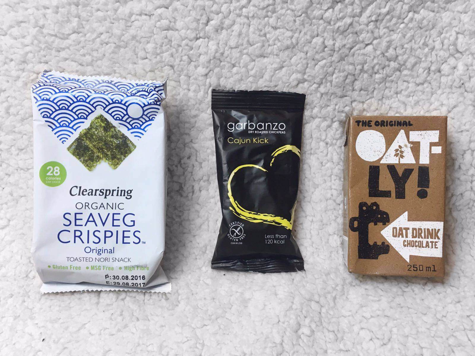 Seaweed Crisps Cajun Chickpeas Oatly Chocolate Milk