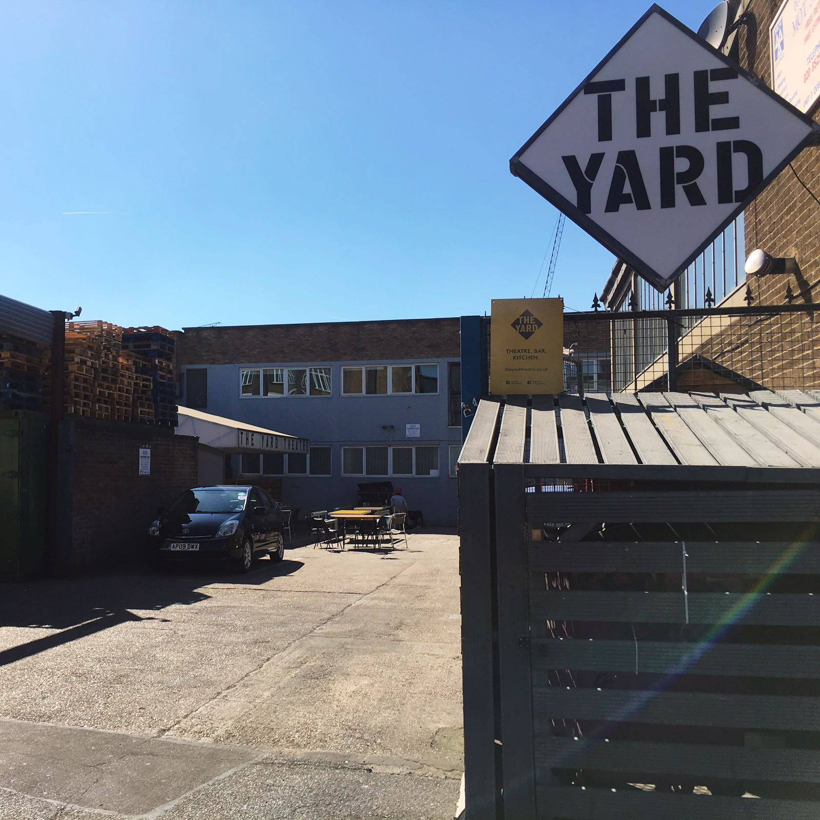 Peskys The Yard Vegan Brunch Hackney Wick Blue Sky East London