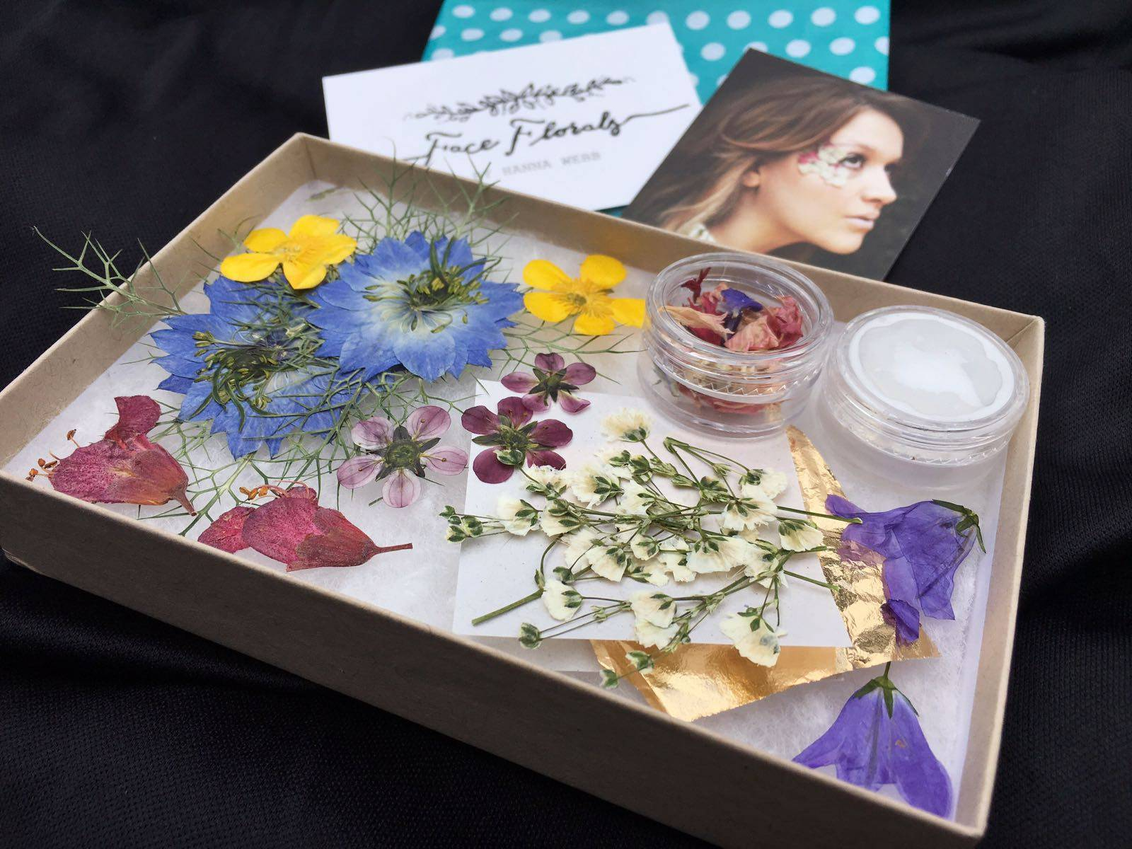Face Florals Pressed Flowers Festival Make-up