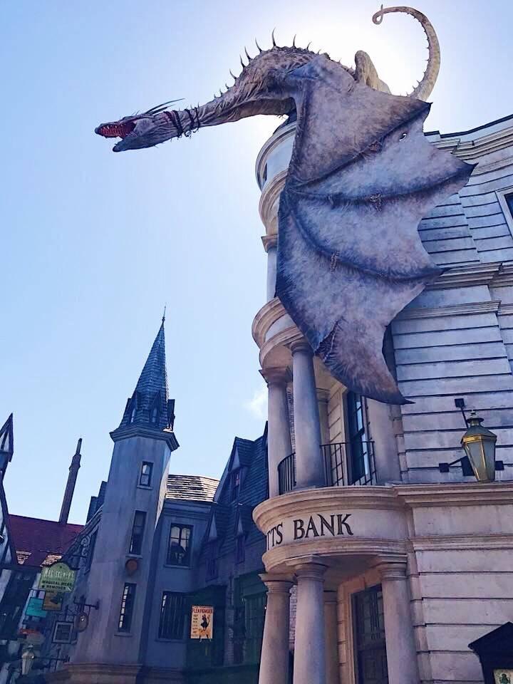 Universal Orlando Gringotts Bank Harry Potter
