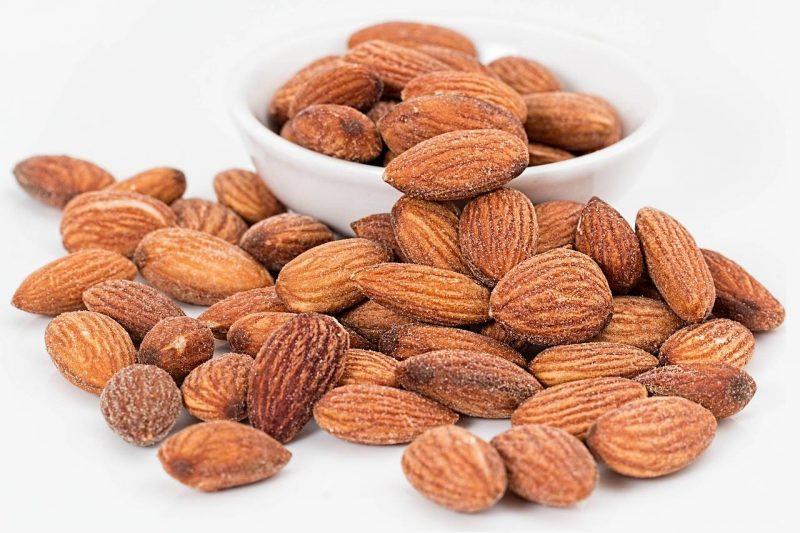 Vegan Foods for Energy Pre and Post Workout Almonds